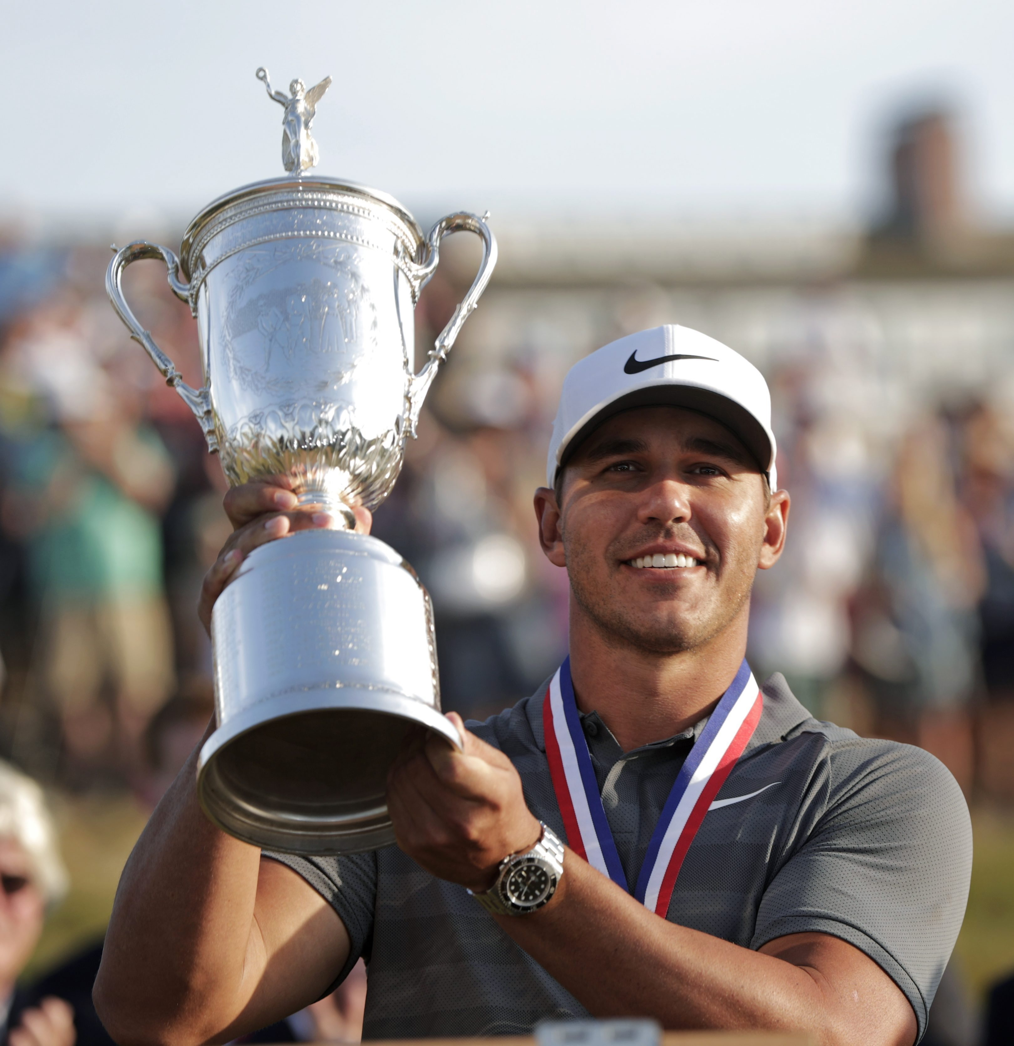 Koepka wins second straight US Open Championship