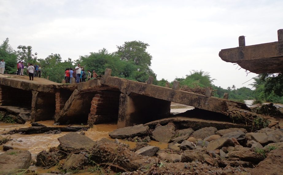 Bridge collapses in Nayagarh, 20,000 people affected