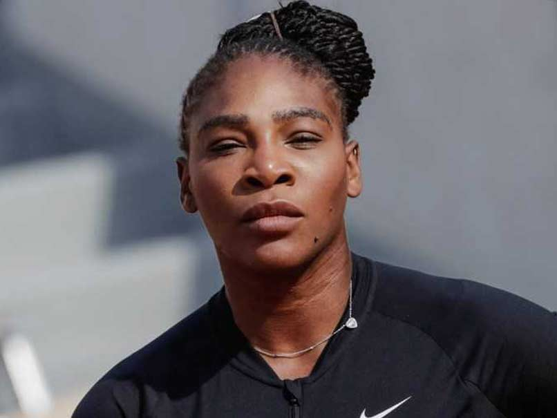 Serena Williams sees doctor about chest muscle injury, awaiting MRI results