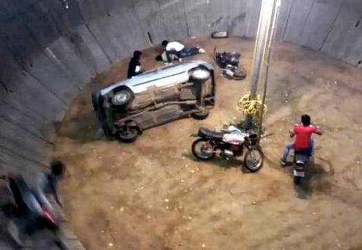 Stunt, Eight injured during 'Maut Ka Kuan' stunt show
