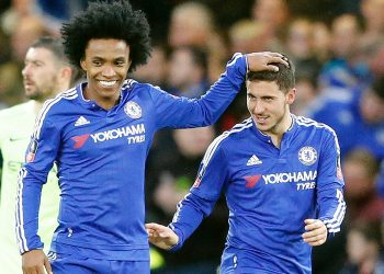 Willian (L) and Eden Hazard