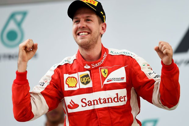 Vettel, Vettel claims British GP title
