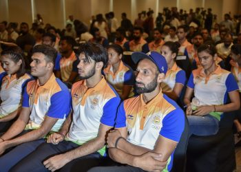 Sardar Singh (extreme right) and other members of the Indian contingent during the send off ceremony Friday in New Delhi