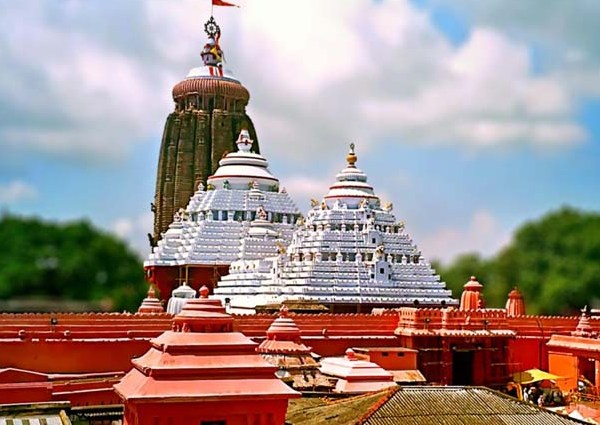 Jagannath, Jagannath temple servitors threaten to quit in case of setback to their livelihood