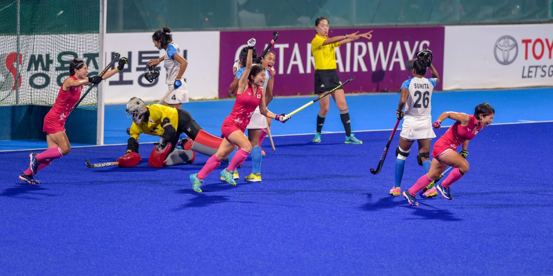 Indian, Indian eves settle for silver