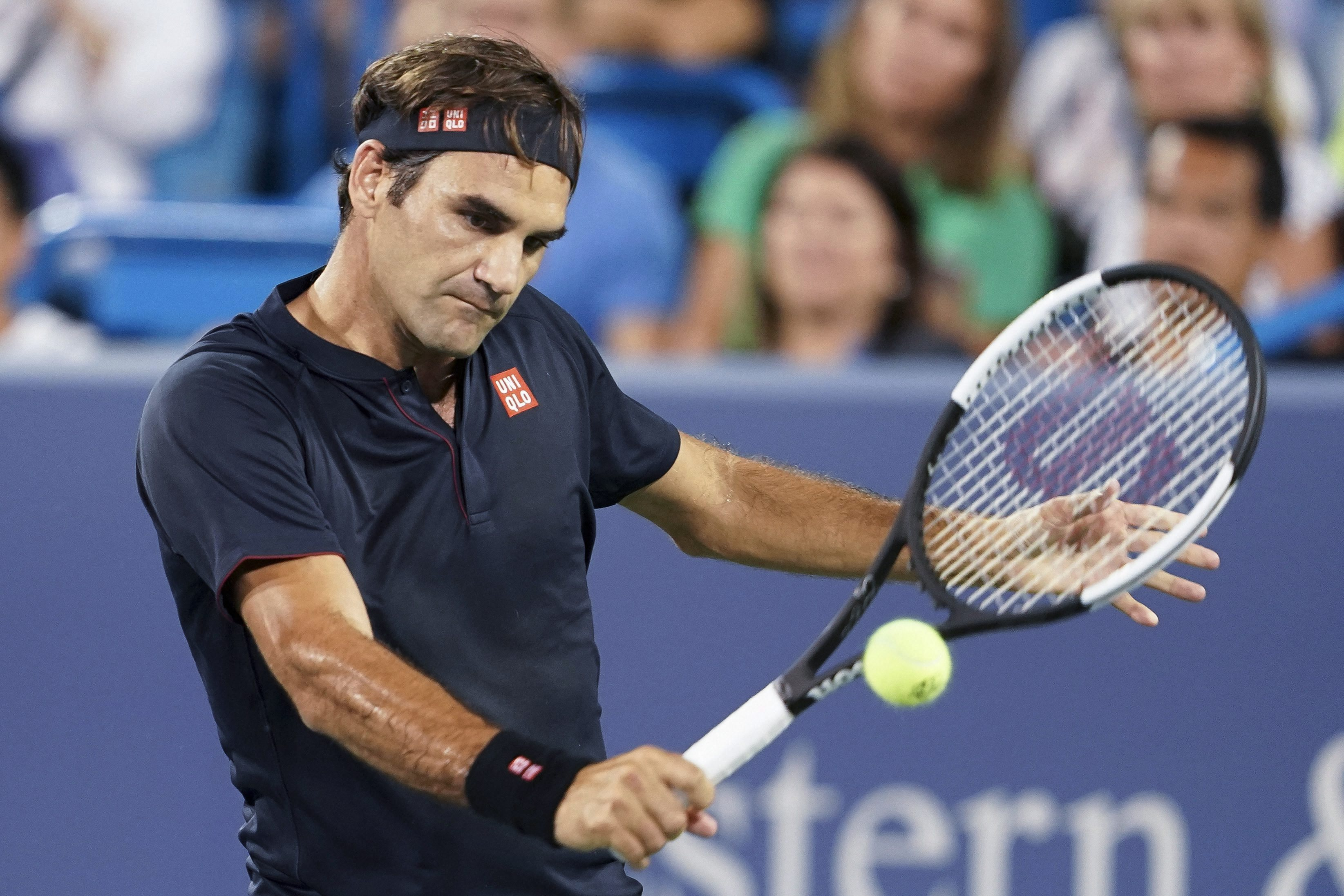 Federer to meet Djokovic in Cincinnati final