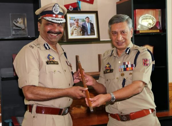Dilbag Singh, Dilbag Singh takes over as new JK police chief