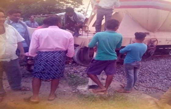 goods train, Goods train derails in Koraput district