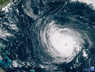 "Hurricane, ""Monster"" Hurricane Florence nears Carolina coast"