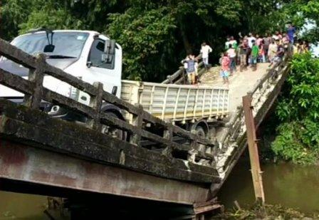 Collapse, Another bridge collapses in West Bengal