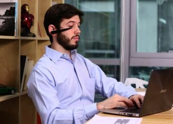 smartphone camera to track your alertness at work