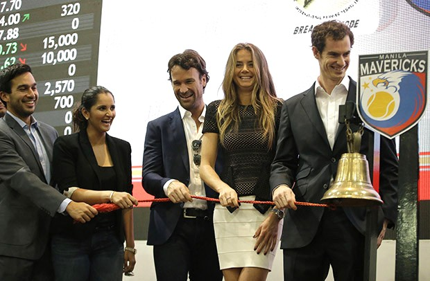 In the picture, Andy, 27, was joined by tennis players Daniela Hantuchova, Treat Huey, Sania Mirza and Carlos Moya for ceremony in Manila, Philippines marking the the start of trading at the Philippines Stock Exchange, 2014. (AFP)