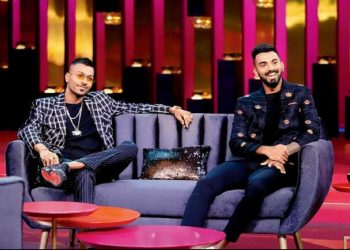 Hardik Pandya (L) and KL Rahul during the talk show