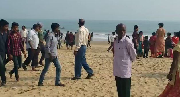 , 3 engg students drown in sea