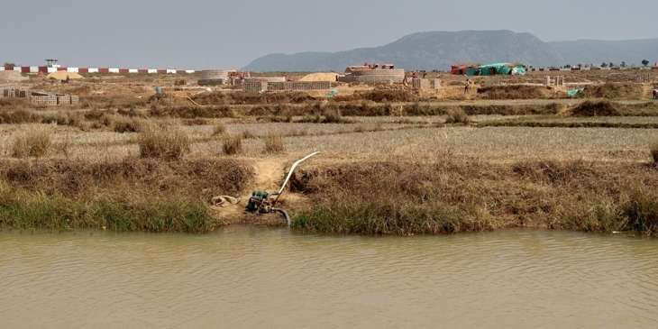 , Illegal brick kilns drain irrigation canal