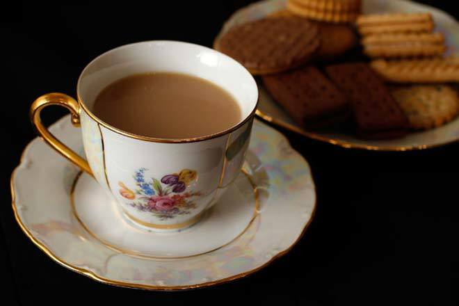 Drinking piping hot tea doubles cancer risk