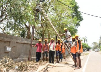 Work is on at full swing to restore power supply in various areas of Bhubaneswar