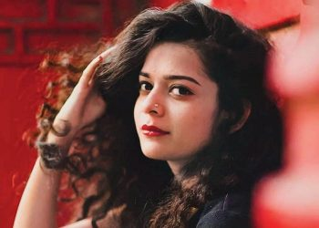 "Mithila Palkar says ""she loves to experiment and takes every opportunity as a challenge."""